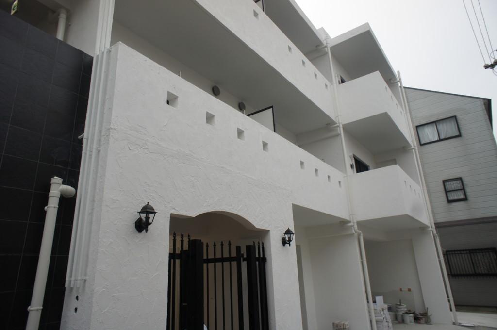 新築マンション 外壁漆喰施工 (スイス漆喰・カルクウォール)