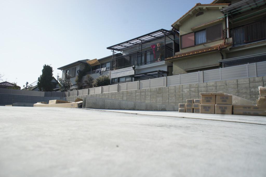 駐車場土間コンクリート工事・U字溝・グレーチング設置
