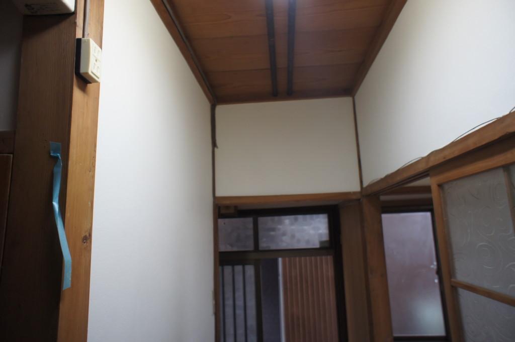 住宅 珪藻土リフォーム (既存綿壁を剥離・珪藻土施工)