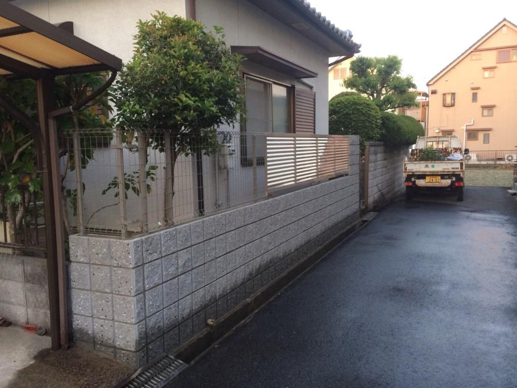リブブロック積み・フェンス設置(既存ブロック撤去後)