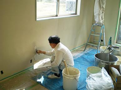 新築建売 珪藻土施工