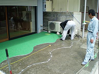 ゴムチップ弾性舗装材施工