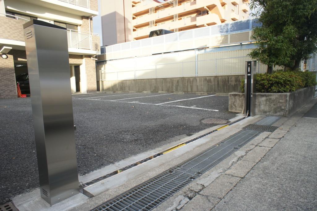 電動チェーンゲート設置(四国化成・電動チェーンゲートS1型)
