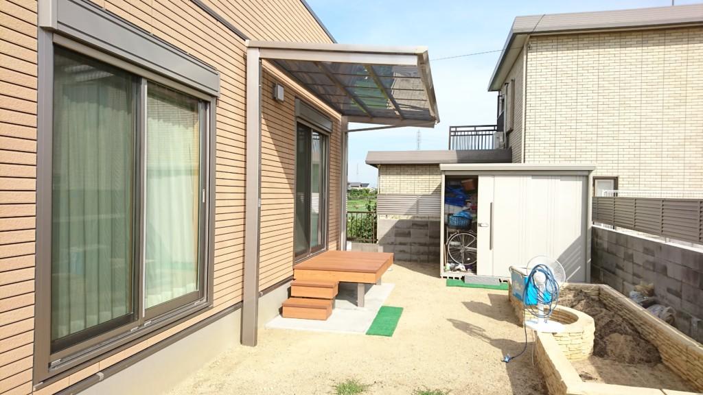 ベランダ テラス屋根 (四国化成・バリューテラスFタイプ 独立式)