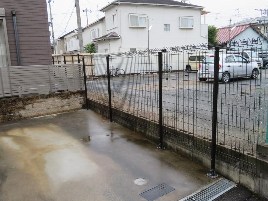 積水・メッシュフェンスG10H1500設置工事