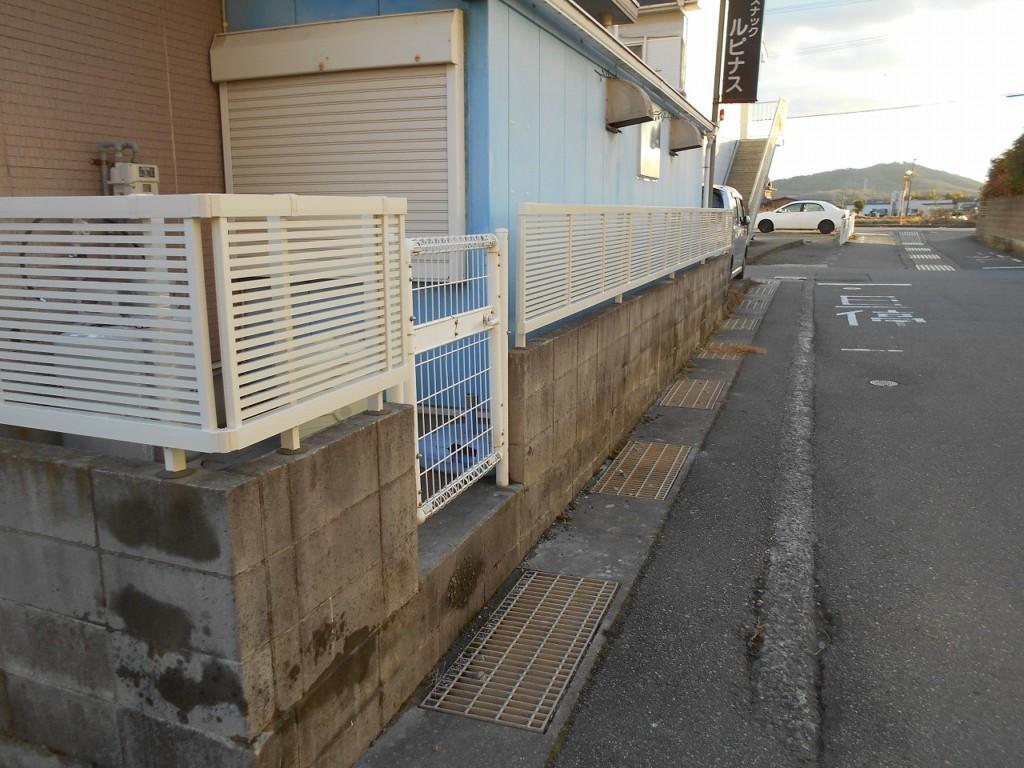 アルミフェンス(LIXIL・ライシスフェンス1型設置工事)