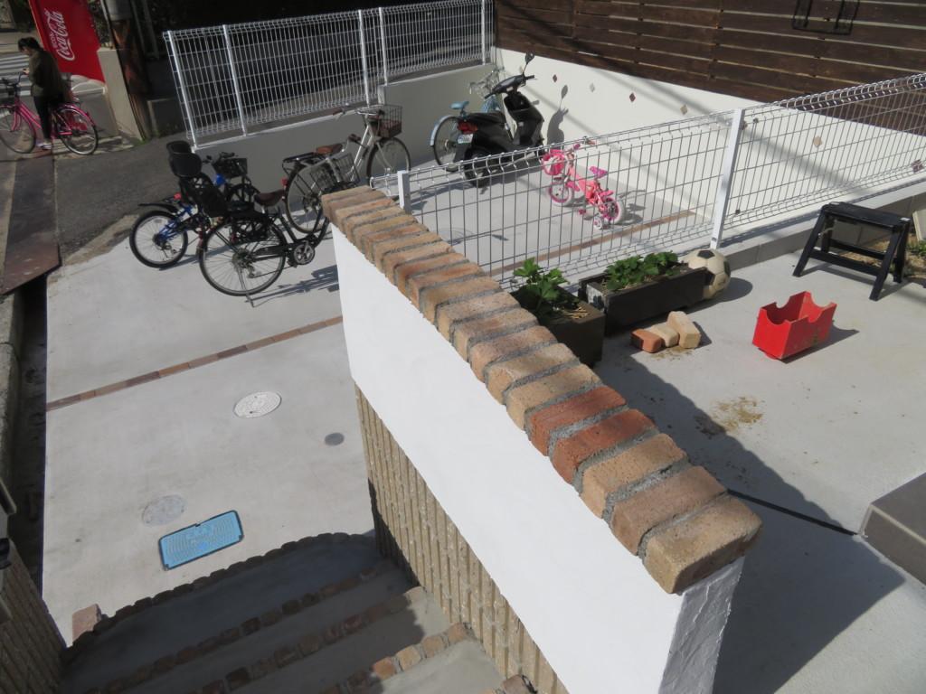 階段レンガ設置工事