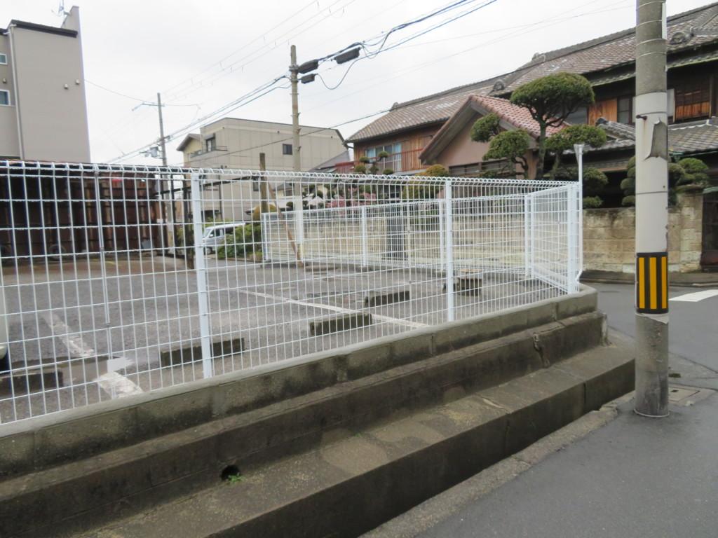 ブロック塀撤去・メッシュフェンスH1200設置工事