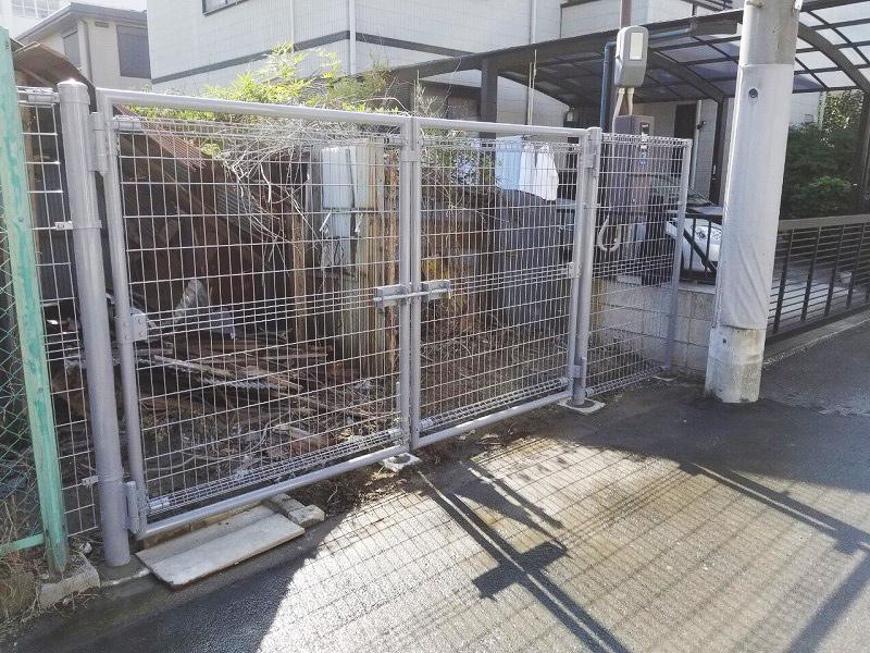 大型メッシュフェンス門扉設置工事