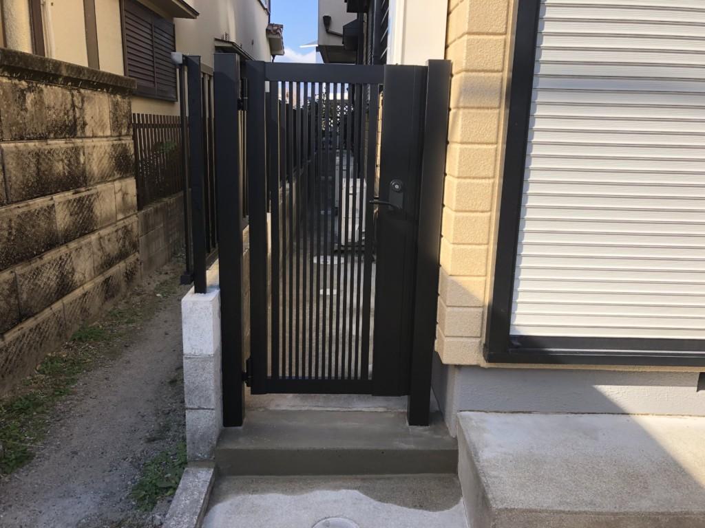 アルミ門扉設置