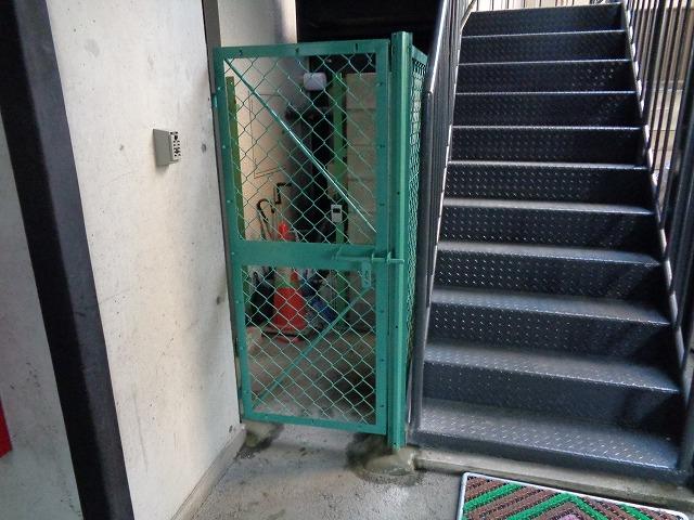 ネットフェンスH1500・門扉設置工事