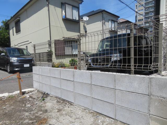 ブロック塀撤去、新設、メッシュフェンス設置工事